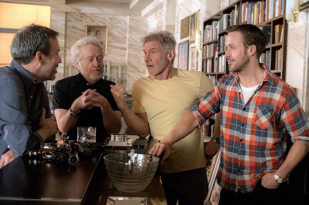 harrison-ford-ryan-gosling-blade-runner-2049-01